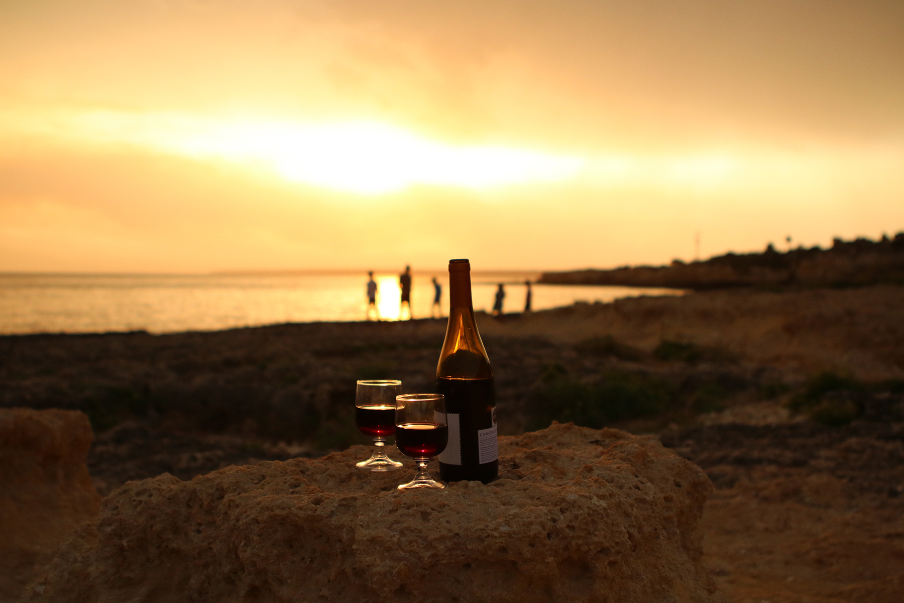 evaristo_sunset_wine