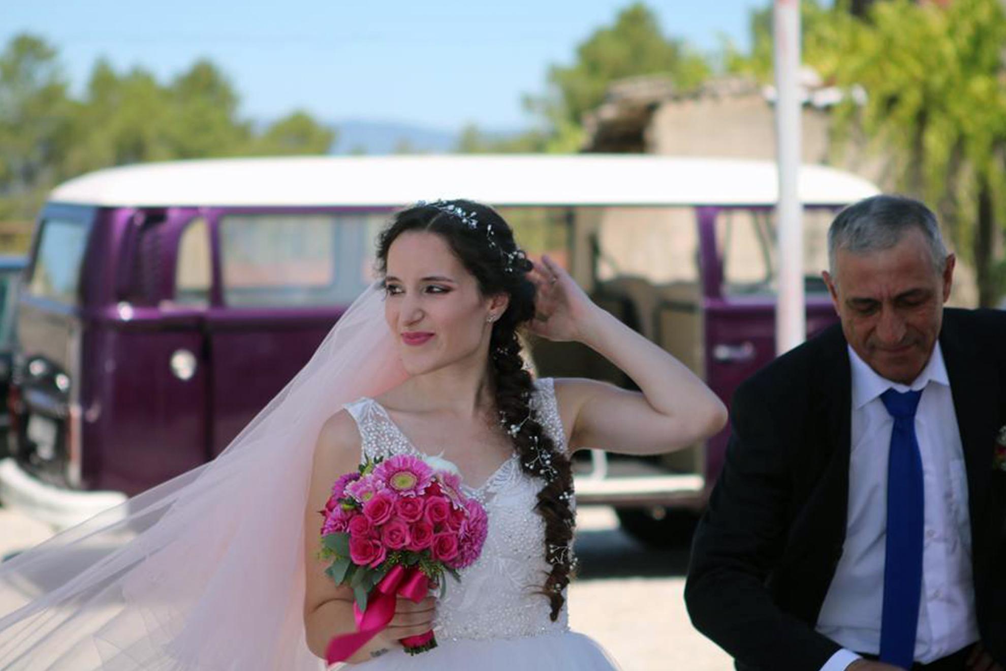 bride_car_happyvan