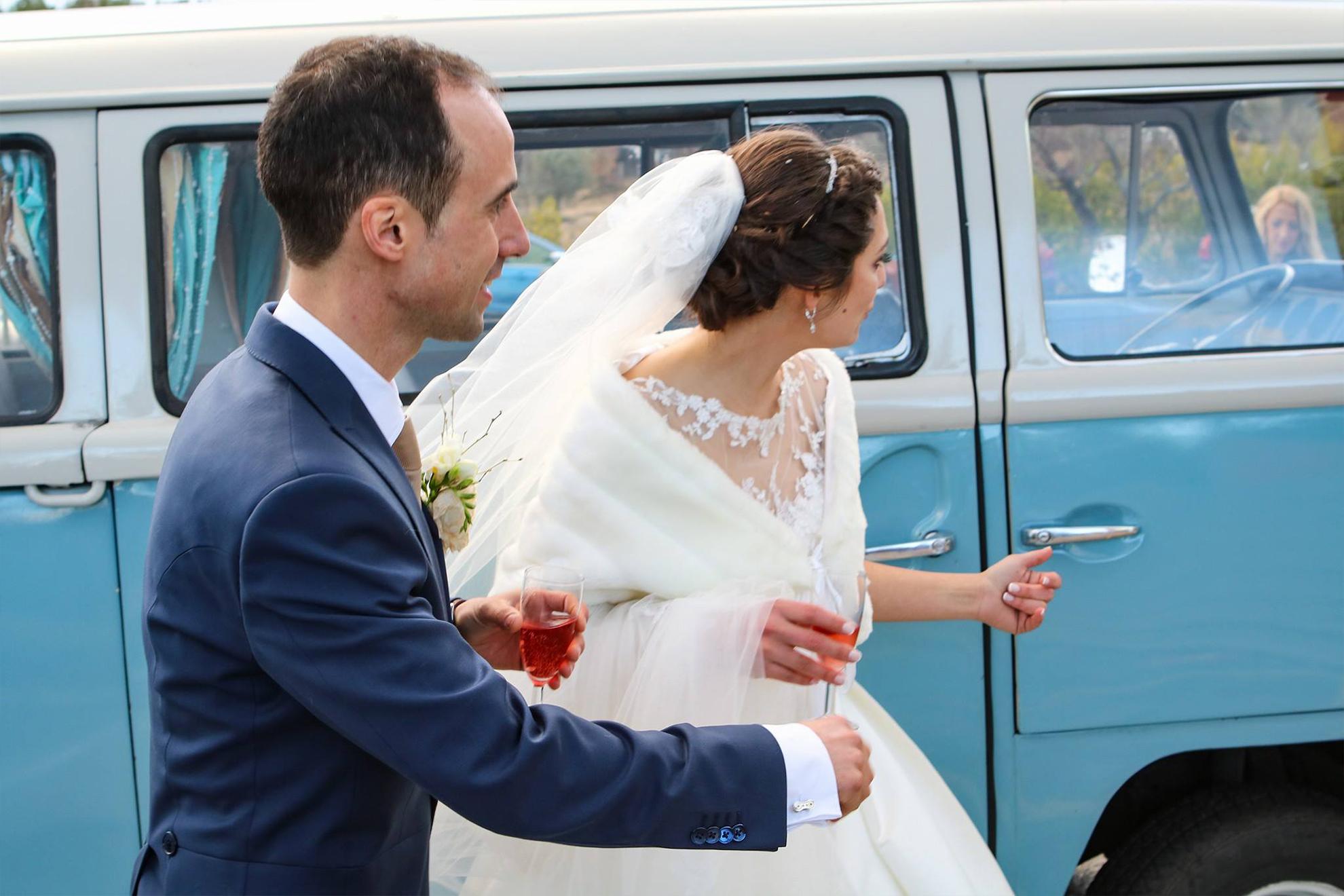 happyvan_weddings
