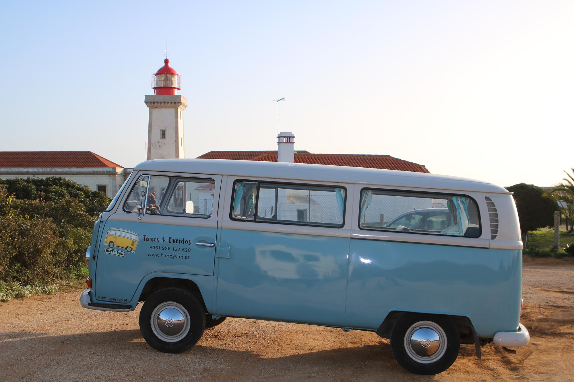 ponta-do-altar-lighthouse-tour